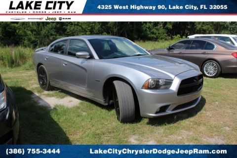 Pre-Owned 2013 Dodge Charger R/T Plus