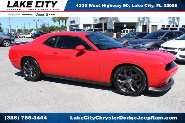 Pre-Owned 2019 Dodge Challenger R/T Shaker