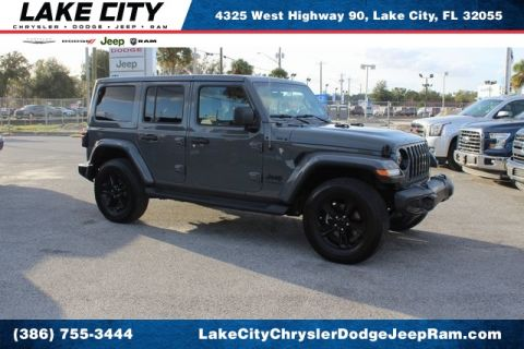 Pre-Owned 2020 Jeep Wrangler Unlimited Sahara Altitude